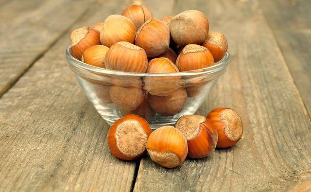 Фундук эффективно очищает печень от токсинов и предотвращает гнилостные процессы