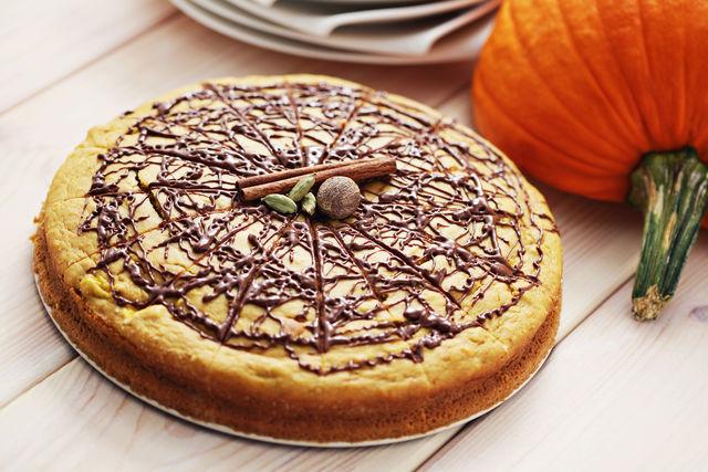 Кардамоном часто ароматизируют тесто, печенье и в особенности пасхальные куличи