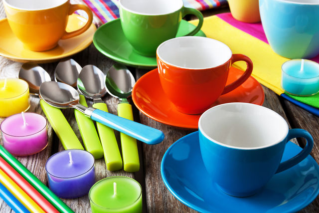 Прекрасной альтернативой синтетическим моющим препаратам являются домашние средства для мытья посуды, которыми пользовались когда-то наши бабушки