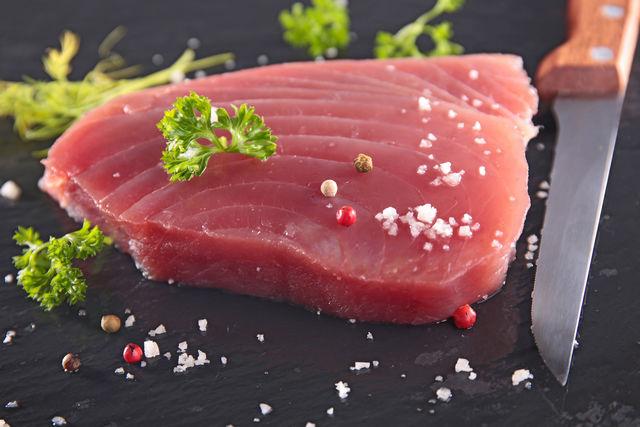Как приготовить тунца свежемороженного