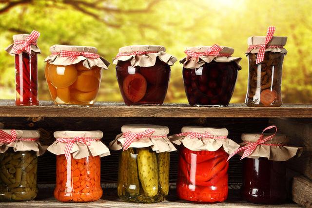 Хорошо приготовленные и сохраненные дары природы дают возможность наслаждаться обилием овощей и фруктов круглый год