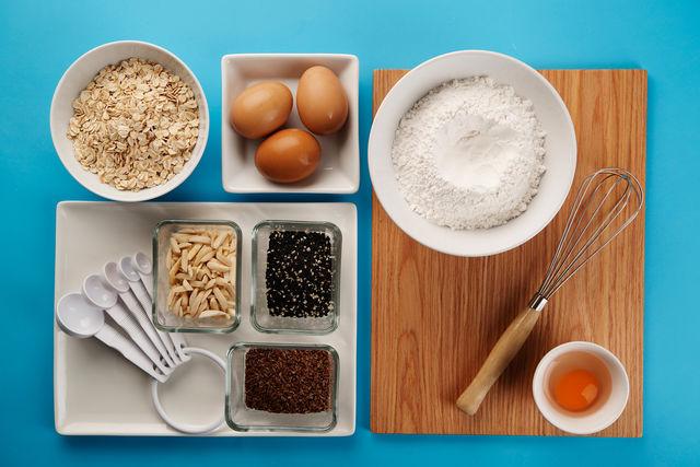 Меры измерения веса в домашних условиях просты — тонкий и граненый стакан, чайная и столовая ложка