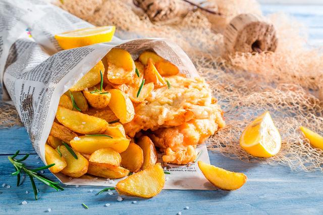 Подавать такое блюдо можно с ломтиками лимона