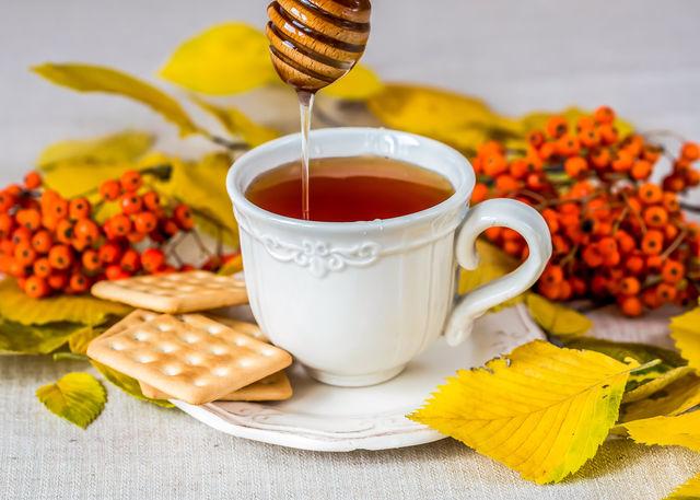 Облепиху можно заменить сухофруктами, а мед — кленовым сиропом