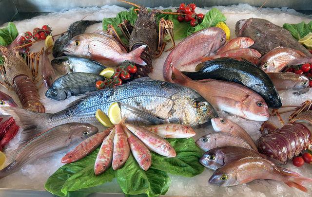 Правильно замороженная рыба всегда выглядит красиво, аккуратно, аппетитно и не похожа на кусок льда