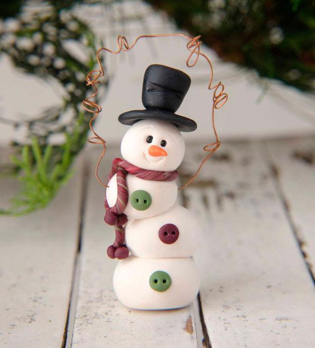 Фото: pinterest. Снеговик из полимерной глины