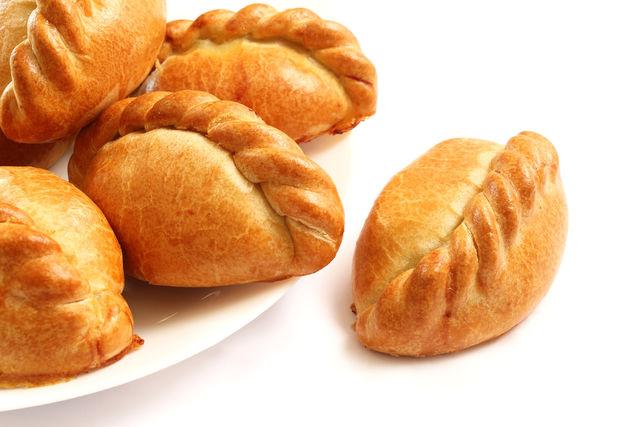 Пироги с мясом печеные