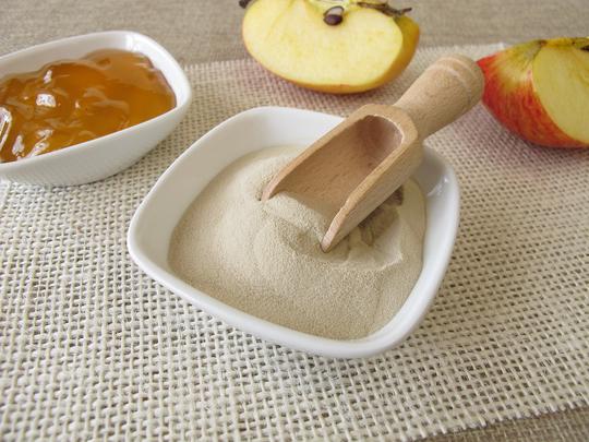 Мармелад из агара получается более плотным и устойчивым, при этом сохраняется нежная структура, а при нагревании такой десерт не тает