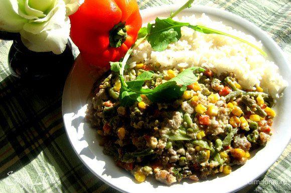 А можно подать с рисом для боллее сытного ужина или обеда)))