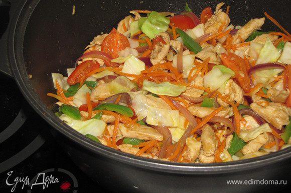 теплый салат по тайски рецепт с фото