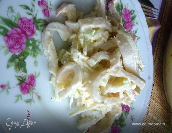 Салат с кальмарами и сельдереем рецепт с