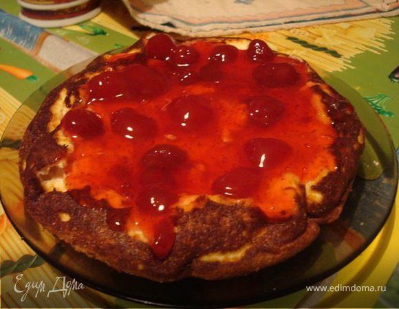 Пирог с клубничным вареньем в мультиварке рецепт