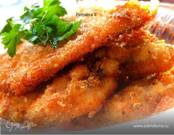 Отбивная из куриного филе в сухарях рецепт