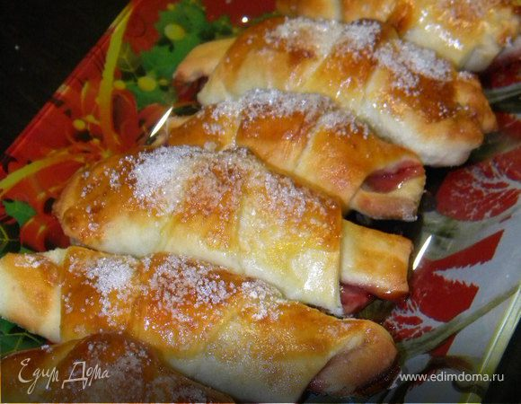 Рецепт рогалика с вишней