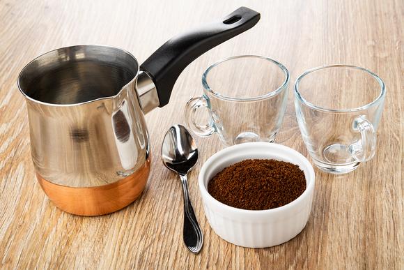 Турка, гейзерная кофеварка или френч-пресс: в чем варить кофе?